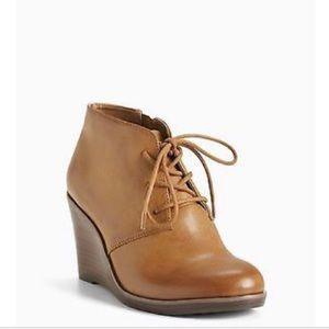 Torrid cognac lace up wedge booties size 11w